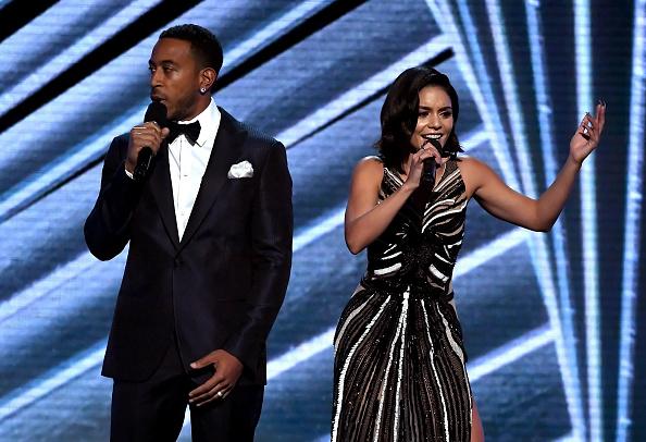 ヴァネッサ・ハジェンズ「2017 Billboard Music Awards - Show」:写真・画像(10)[壁紙.com]