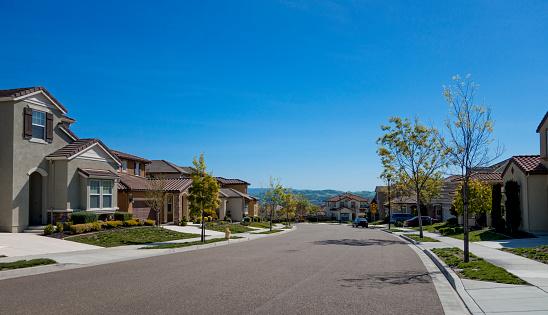 USA「Suburban Homes and street」:スマホ壁紙(18)