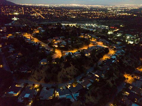 Queensland「Suburban Houses at Night」:スマホ壁紙(19)