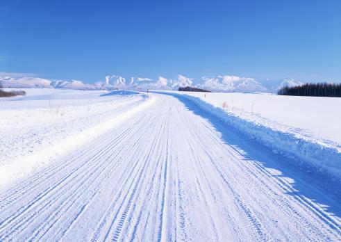 雪「Snowy road」:スマホ壁紙(5)