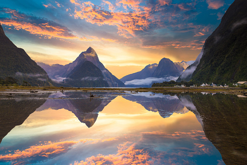 North Island New Zealand「The Milford Sound fiord. Fiordland national park, New Zealand」:スマホ壁紙(19)