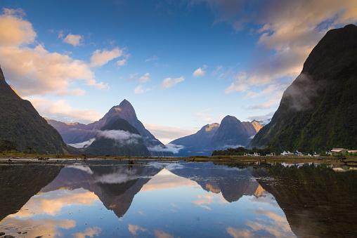 Beauty「ミルフォード ・ サウンドのフィヨルド。フィヨルドランド国立公園、ニュージーランド」:スマホ壁紙(17)