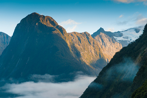 Island「The Milford Sound fiord. Fiordland national park, New Zealand」:スマホ壁紙(13)