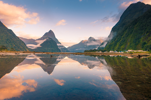 Fjord「The Milford Sound fiord. Fiordland national park, New Zealand」:スマホ壁紙(17)