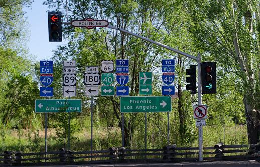Choosing「Abundant Highway Signs」:スマホ壁紙(2)