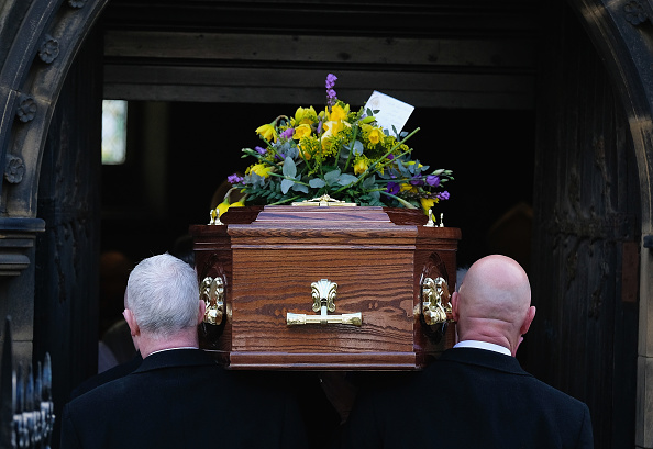 Coffin「Funeral For Disgraced Cardinal O'Brien」:写真・画像(3)[壁紙.com]