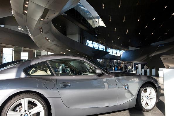 Travel Destinations「4049 / BMW-Welt in Muenchen」:写真・画像(4)[壁紙.com]