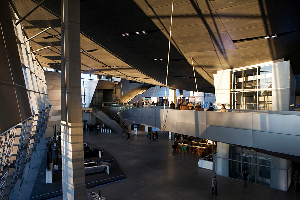 Ceiling「4049 / BMW-Welt in Muenchen」:写真・画像(12)[壁紙.com]