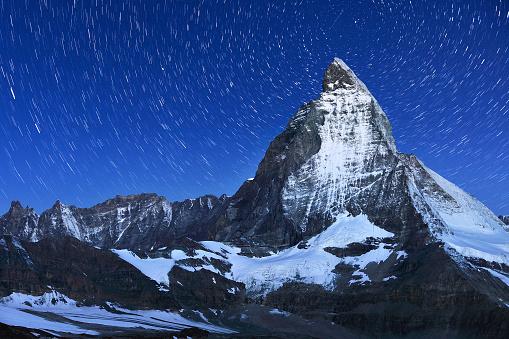 Pennine Alps「Swiss Alps's Matterhorn and Star Trail」:スマホ壁紙(7)