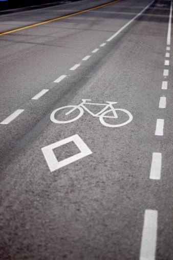 Bicycle Lane「Bike lane in Vancouver, BC, Canada」:スマホ壁紙(8)