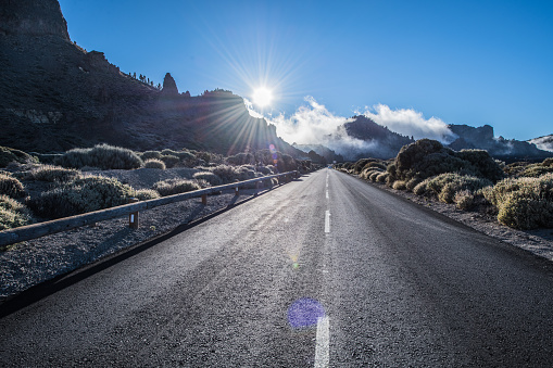 Lava「Tenerife Car Road in El Teide National Park」:スマホ壁紙(11)