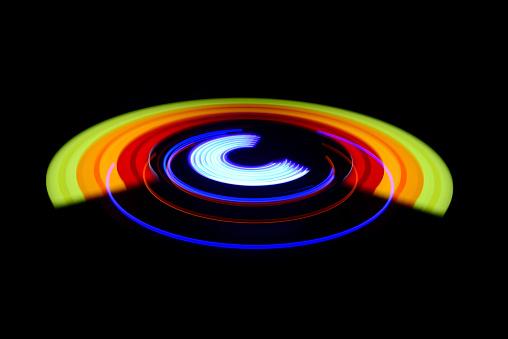 Focus On Background「Circular Lights」:スマホ壁紙(10)