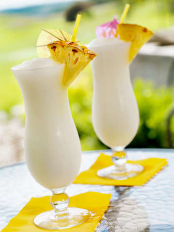 Cocktail「Pina Colada」:スマホ壁紙(17)