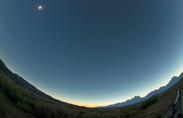 Eclipse「Solar Eclipse Visible Across Swath Of U.S.」:写真・画像(0)[壁紙.com]
