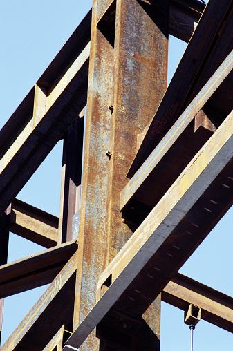 Durability「Steel girders on construction site」:スマホ壁紙(5)