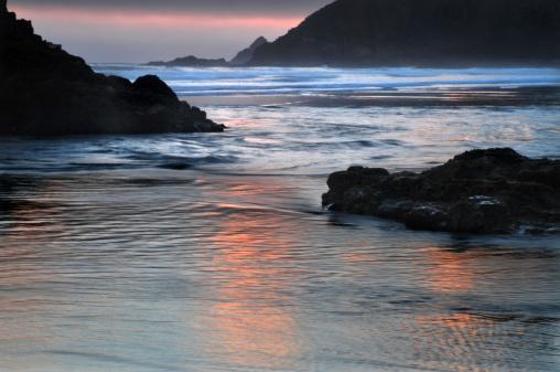 Cannon Beach「Sunset reflections」:スマホ壁紙(11)