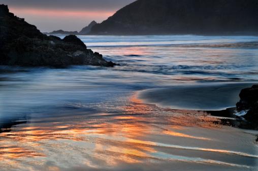 Cannon Beach「Sunset reflections」:スマホ壁紙(18)