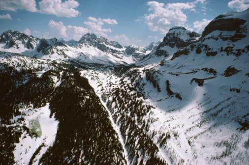 Mt Assiniboine Provincial Park「Snowy mountain landscape, Mount Assiniboine Provincial Park, Canada」:スマホ壁紙(16)