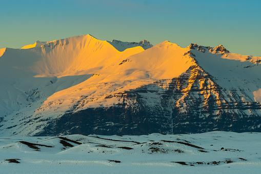 Daisetsuzan Volcanic Group「Snowy mountains」:スマホ壁紙(0)