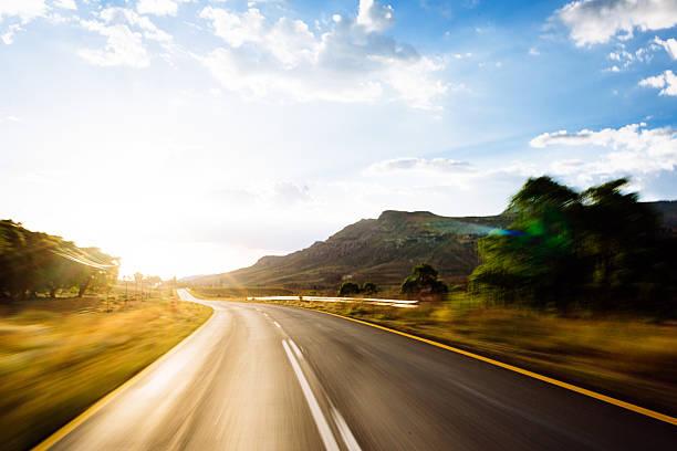 旅行の Road:スマホ壁紙(壁紙.com)