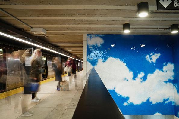 Drew Angerer「New York's 72nd St Subway Stationed Adorned With Yoko Ono Artwork」:写真・画像(14)[壁紙.com]