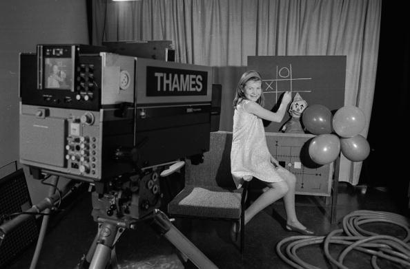 Television Studio「A New Test Card」:写真・画像(15)[壁紙.com]