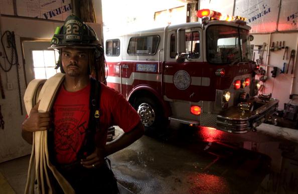 Tennessee「Erron Kinney As A Fireman」:写真・画像(16)[壁紙.com]