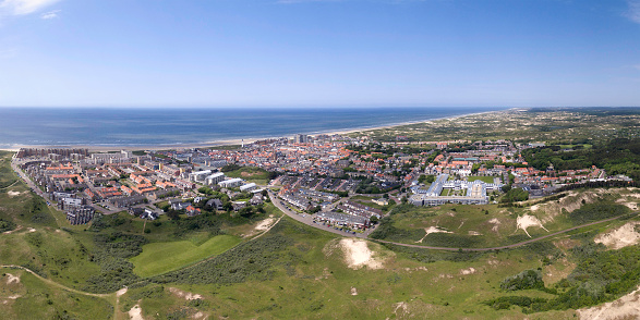 North Holland「Egmond aan Zee, Panoramic shot with a drone」:スマホ壁紙(13)