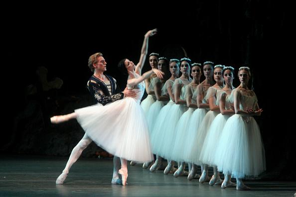 Ballet Dancer「Giselle」:写真・画像(5)[壁紙.com]