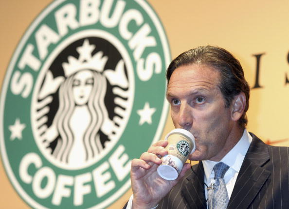 Chairperson「Starbucks Promotes New Products」:写真・画像(10)[壁紙.com]