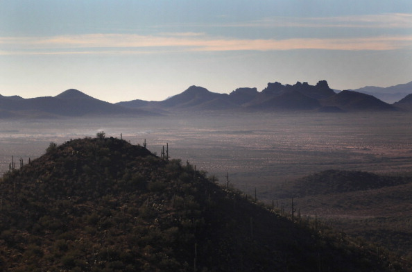 Arizona「U.S. Conducts Aerial Patrols Of U.S.-Mexico Border」:写真・画像(4)[壁紙.com]