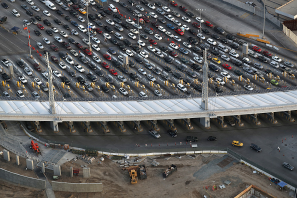 Entrance「Aerial Views Of U.S. - Mexico Border」:写真・画像(7)[壁紙.com]