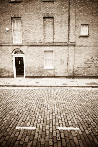 Sepia Toned「UK backstreet sepia」:スマホ壁紙(16)