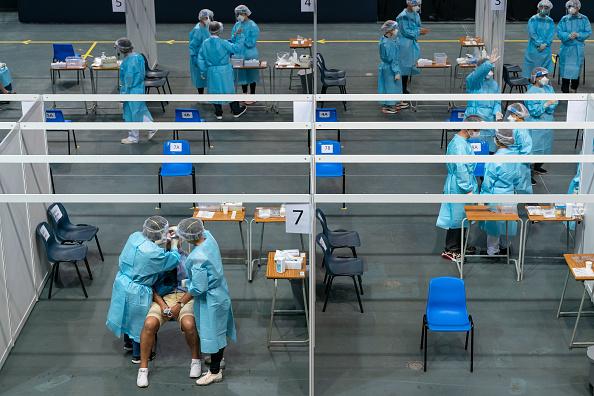 Cotton Ball「Hong Kong Mass Covid-19 Testing Begins」:写真・画像(7)[壁紙.com]