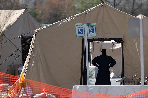FedExField「Coronavirus Testing Site Set Up At FedEx Field In Landover, Maryland」:写真・画像(1)[壁紙.com]