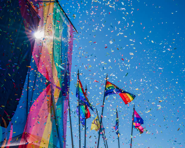Gay Pride Parade, Rainbow flags and Confetti, Reykjavik, Iceland:スマホ壁紙(壁紙.com)