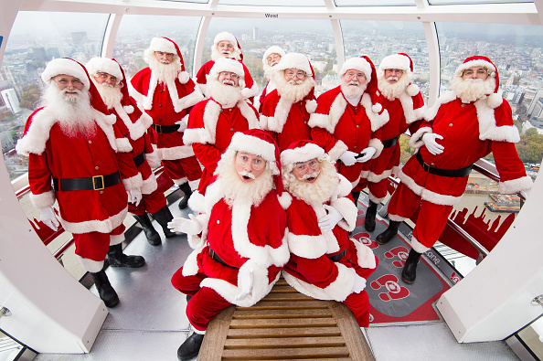 Millennium Wheel「The Ministry Of Fun Santa School Checks Out The View From The London Eye」:写真・画像(19)[壁紙.com]