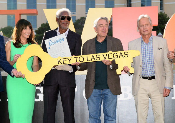 "CBS Films「""Last Vegas"" Cast Receives Key To Las Vegas At The Bellagio」:写真・画像(1)[壁紙.com]"