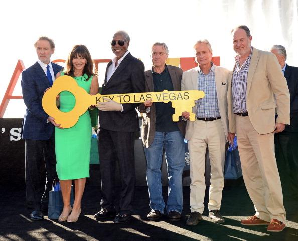"CBS Films「""Last Vegas"" Cast Receives Key To Las Vegas At The Bellagio」:写真・画像(2)[壁紙.com]"