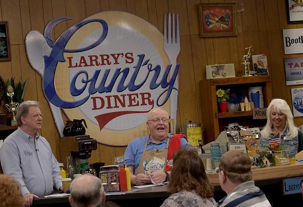 "Digital Display「""Larry's Country Diner"" TV Taping」:写真・画像(10)[壁紙.com]"