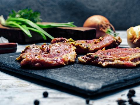 Bay Leaf「Pork chops cooking」:スマホ壁紙(17)