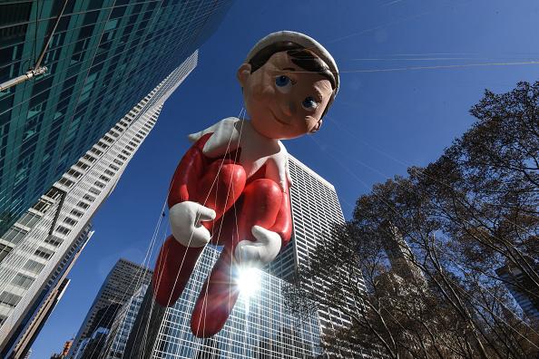 Elf「Annual Thanksgiving Day Parade Held In New York」:写真・画像(1)[壁紙.com]