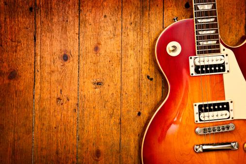 Guitar「Electric guitar on wood」:スマホ壁紙(16)