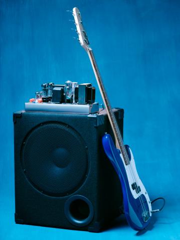 Guitar「Electric guitar leaning on tube amplifier.」:スマホ壁紙(3)