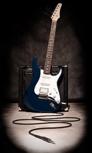 Guitar「electric guitar and amplifier」:スマホ壁紙(5)
