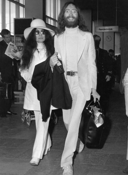 Heathrow Airport「John And Yoko」:写真・画像(16)[壁紙.com]