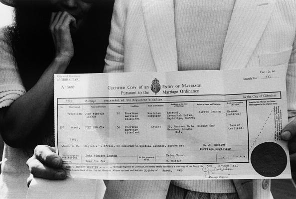 Wedding「Lennon's Certificate」:写真・画像(1)[壁紙.com]