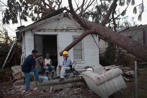 Scott Olson「Recovery Efforts Continue In Hurricane-Ravaged Florida Panhandle」:写真・画像(11)[壁紙.com]