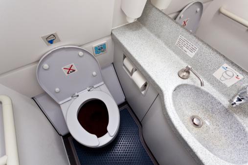 Airplane「Airplane lavatory/toilet」:スマホ壁紙(8)