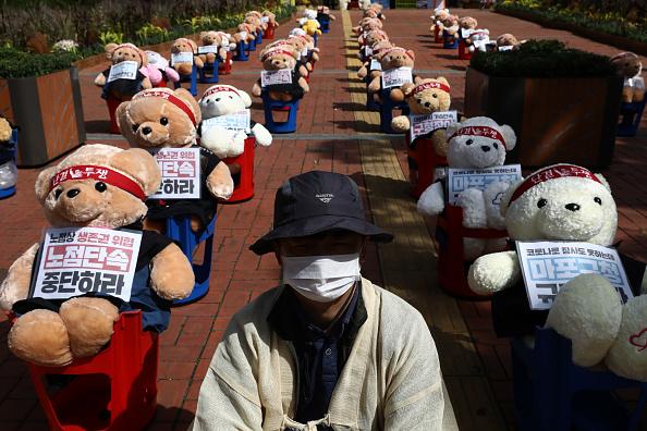 Strategy「Street Vendor Union Hold Anti-Government Protest」:写真・画像(3)[壁紙.com]